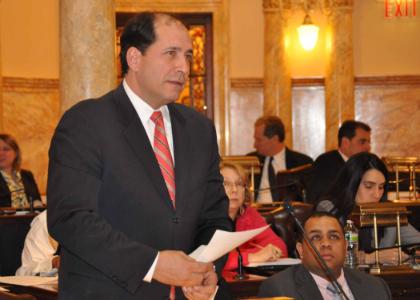 Senator Joseph F. Vitale (D-Middlesex) testifies during today's Senate voting session.