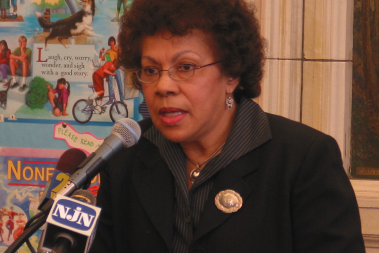 Senator Turner speaking at  Trenton Elementary School