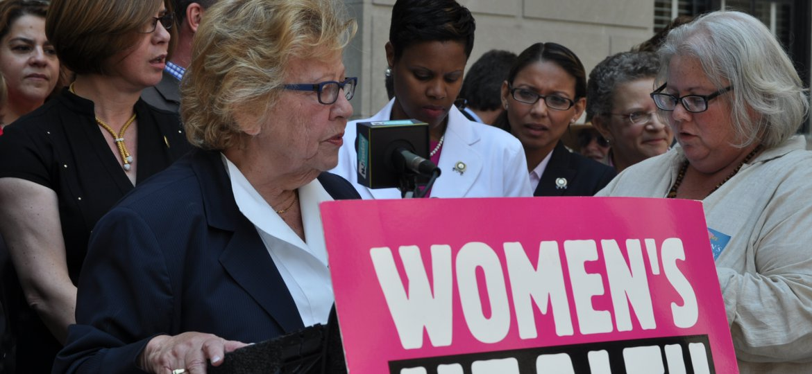 Senate Majority Leader Weinberg addresses the audience at the Women's Lobby Day Rally