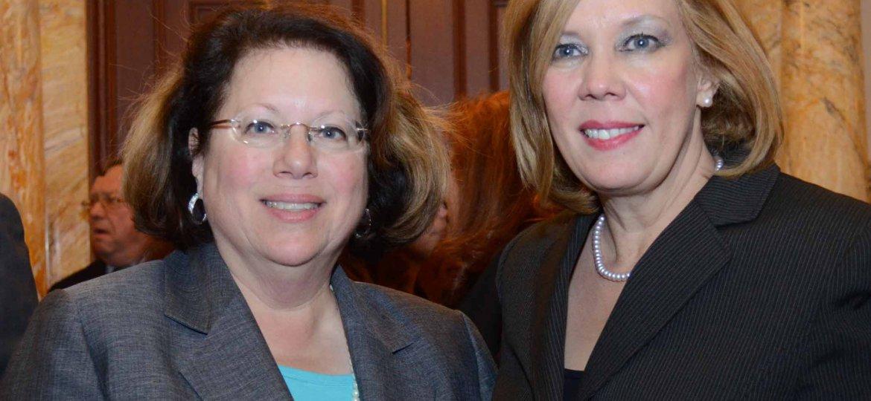 Senator Cruz Perez and Senator Greenstein