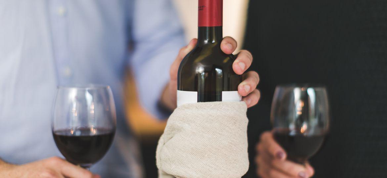 alcohol-beverage-bottle-374877